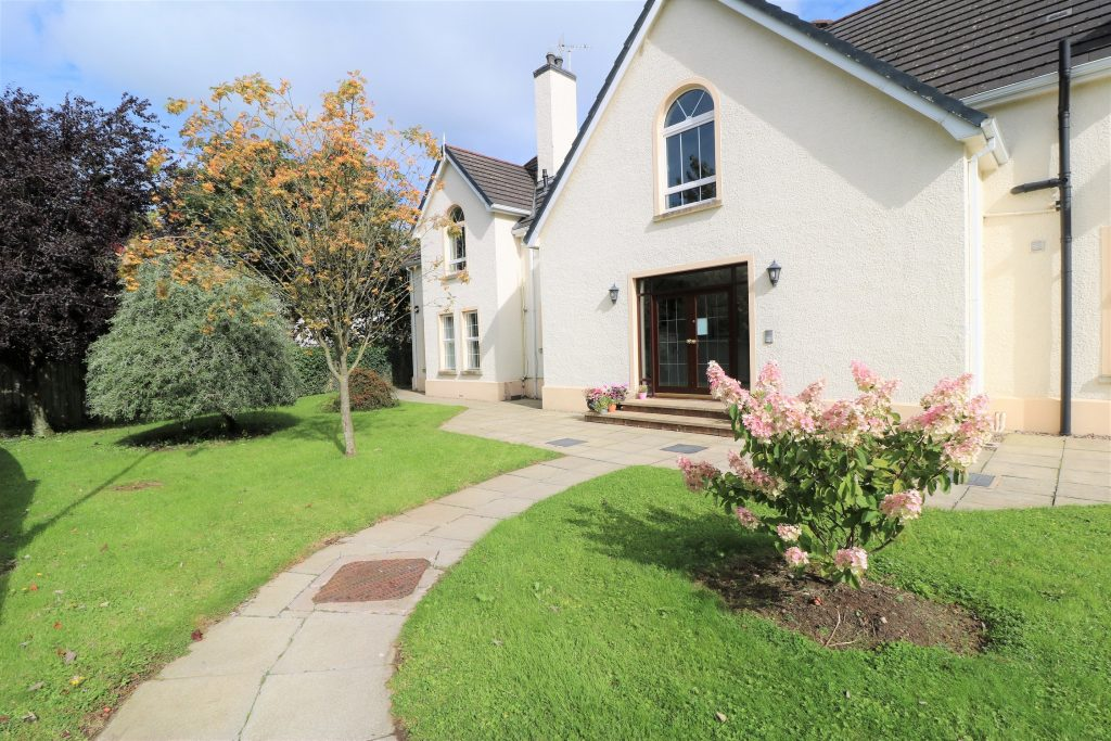 Image of 37 Tullymore Dale, Broughshane, Ballymena, BT43 7TD
